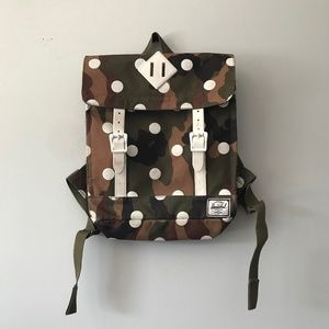 mini Survey Backpack camoflauge with white dots
